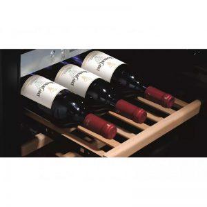 Хладилна витрина за охлаждане на вино CASO WineSafe12 black
